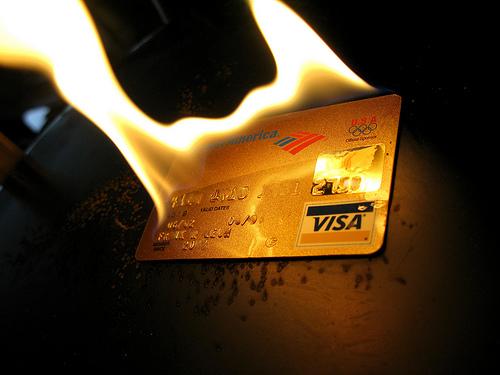 クレジットカードの利点と問題点 2 シティー ゴールドカード編
