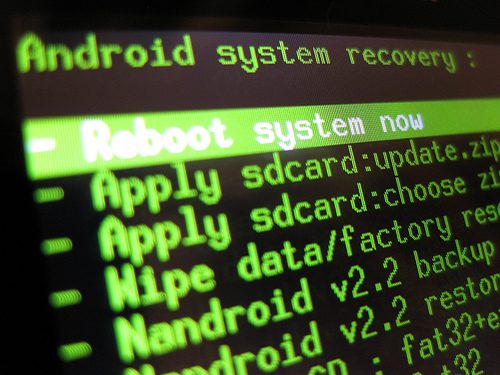 FreeBSDのportsを自動的に最新版に更新する